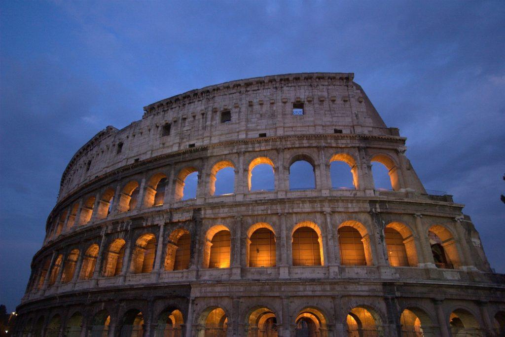 The Roman Colosseum (Rome) - No visa